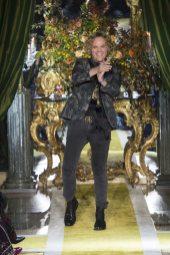 Peter Dundas - Roberto Cavalli Fall 2016 Ready-to-Wear