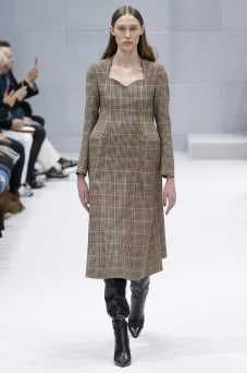 Ellinor Arveryd - Balenciaga Fall 2016 Ready-to-Wear