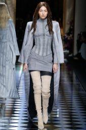 Gigi Hadid - Balmain Fall 2016 Ready-to-Wear