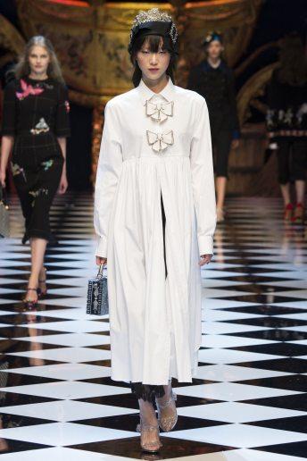 Sora Choi - Dolce & Gabbana Fall 2016 Ready-to-Wear