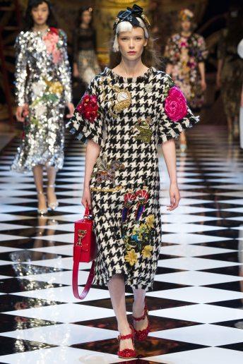 Julia Hafstrom - Dolce & Gabbana Fall 2016 Ready-to-Wear