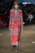 Teddy Quinlivan - Missoni Fall 2016 Ready-to-Wear