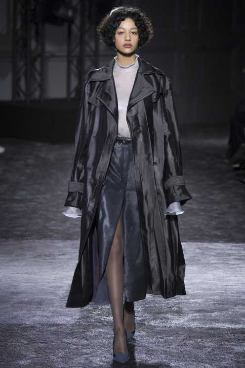 Damaris Goddrie - Nina Ricci Fall 2016 Ready-to-Wear