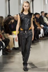 Line Brems - Paco Rabanne Fall 2016 Ready-to-Wear