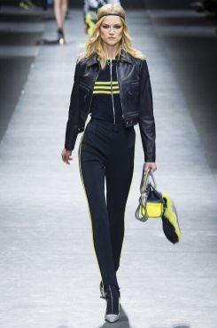 Kasia Struss - Versace Fall 2016 Ready-to-Wear