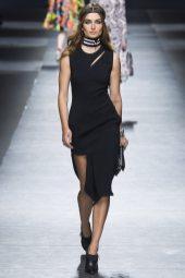Andreea Diaconu - Versace Fall 2016 Ready-to-Wear