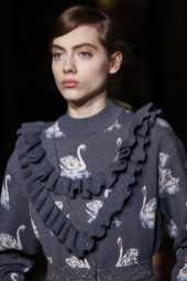 Stella McCartney Fall 2016 Ready-to-Wear
