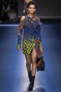 Lineisy Montero - Versace Fall 2017 Ready-to-Wear
