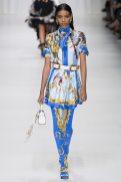Manuela Sanchez - Versace Spring 2018 Ready-to-Wear