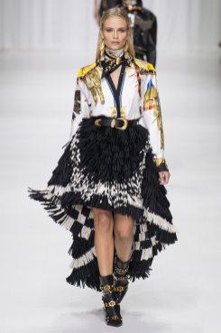 Natasha Poly - Versace Spring 2018 Ready-to-Wear