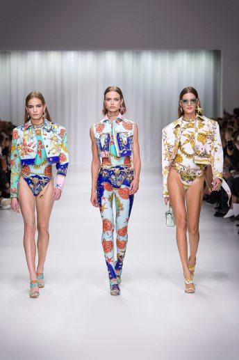 Nina Marker - Birgit Kos - Valery Kaufman - Versace Spring 2018 Ready-to-Wear