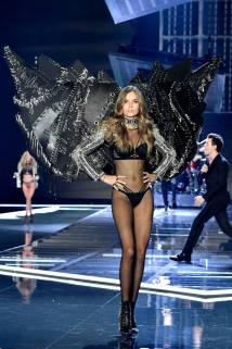 Josephine Skriver - Victoria's Secret Fashion Show