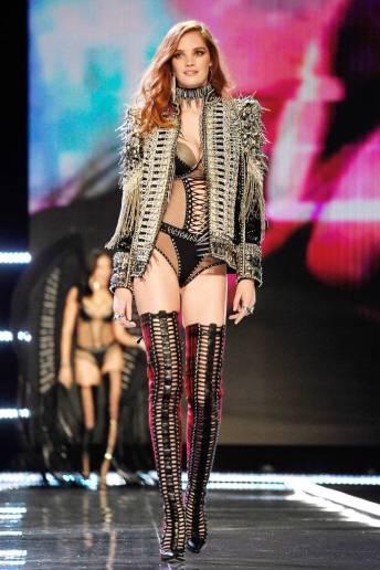 Alexina Graham - Victoria's Secret Fashion Show
