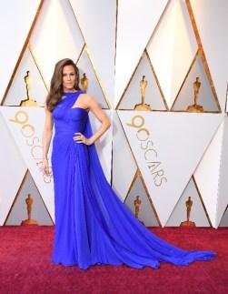 Jennifer Garner - Elbise: Atelier Versace, Takılar: Piaget