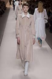 Gisele Fox - Fendi Fall 2018 Ready-to-Wear