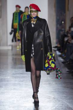 Catherine McNeil - Versace Fall 2018 Ready-to-Wear