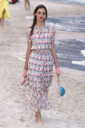 Amanda Googe - Chanel Spring 2019 Ready-to-Wear