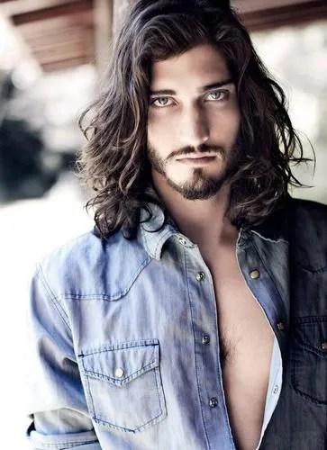 Resultado de imagen para cabellera larga hombre