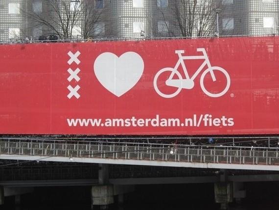 Parque de Bicicletas em Amesterdão