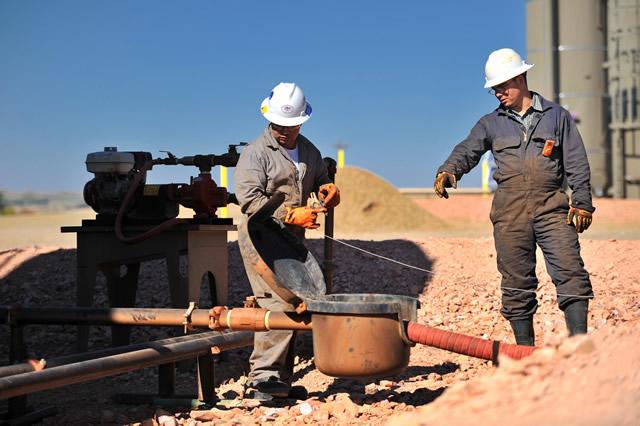 north-dakota-oil-drilling-9-27-2011