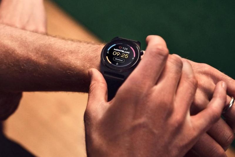 Montblanc_Smartwatch_Summit_Lite