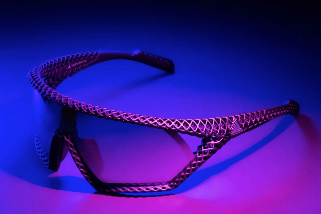 Аdidas промовира 3D CMPT очила за сонце