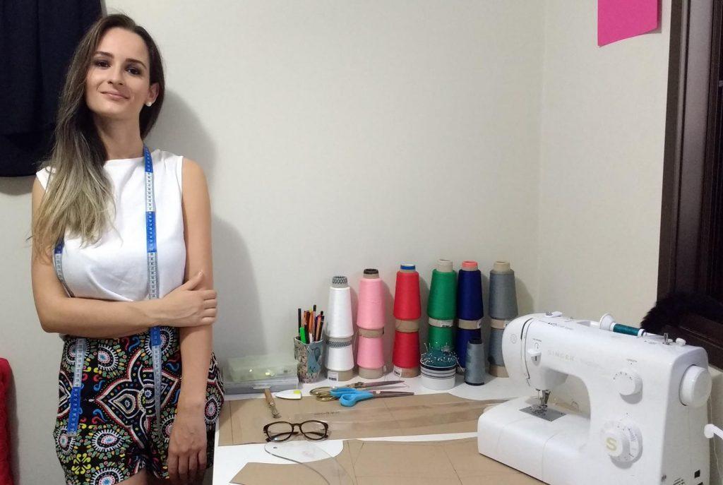 em-roupas-ou-tecidos-indicacao-de-fibras-texteis-e-um-direito-do-consumidor-garantido-por-lei