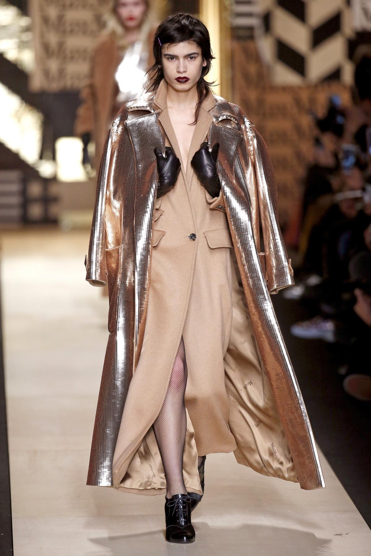 Max Mara sfilata donna autunno inverno 20162017 Foto e video  Moda uomo Moda donna