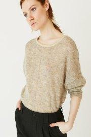 Jersey de cuello redondo amplio, realizado con mohair y lana merino, de la marca ROPA CHICA, prenda de alta calidad.