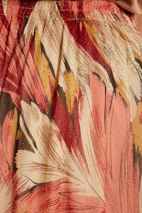 Meisie. Detalle de los tonos de la falda m5 f14
