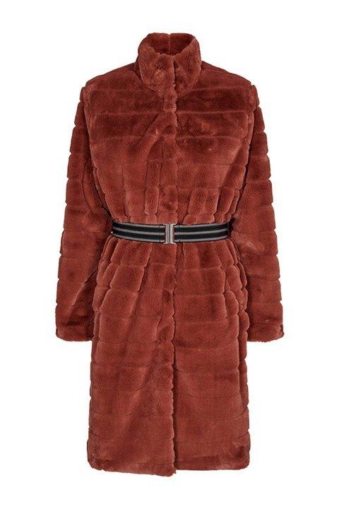 Abrigo marrón de pelo sintético con cuello redondo alto. Calentito y amoroso.