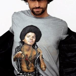 Camiseta unisex Michael Jackson en gris desgastado.