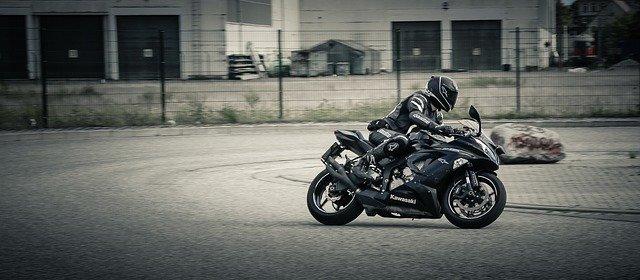 Motorkleding kopen leer, kevlar of textiel