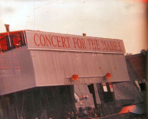 Ile kosztowała organizacja koncertu w 1988 roku...