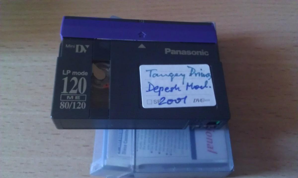 10 lat na półce - nieznane nagranie dM z koncertu w Warszawie 2001