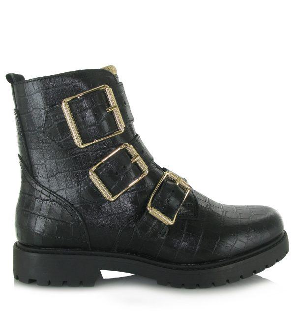 Boots 11249