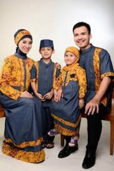 Model Baju Batik Mama Papa modern Terbaru