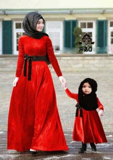 Model Baju muslim Seragam Keluarga Ibu dan Anak Perempuan Terbaru