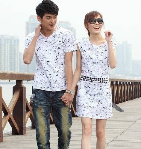 Model Baju kaos Keluarga Warna Putih Terbaru