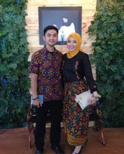 Contoh Batik couple Keluarga Plus Anak Pekalongan Terbaru