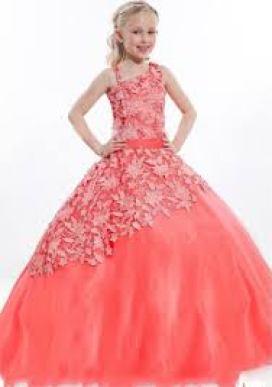 Model Dress Pesta Wanita Modern Terbaru