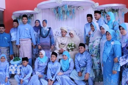 Model Baju Keluarga Malaysia Terbaru