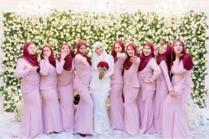 Model Seragam Keluarga Pengantin Muslimah Modern