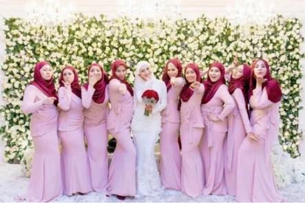 Model Baju Seragam Keluarga Pengantin Malaysia Terbaru