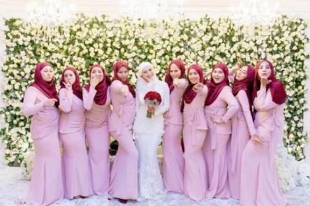 Pakaian Kebaya Seragam Keluarga Untuk Pernikahan