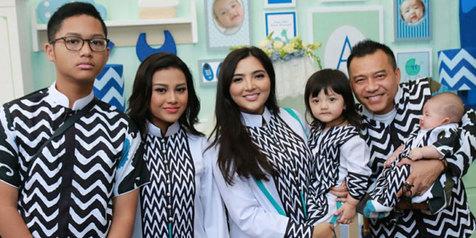 Model Baju Lebaran Keluarga Anang Ashanty terbaru