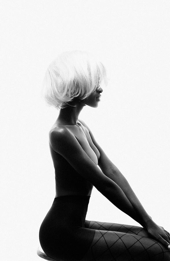 Lakin Ogunbanwo photographer. Work by photographer Lakin Ogunbanwo demonstrating Body Photography.Body Photography Photo #69045