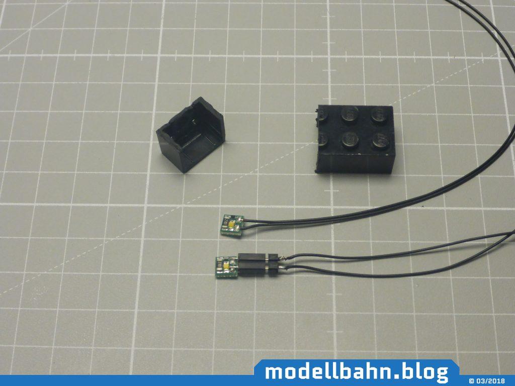Legobaustein als Toilettenabteil mit modifizierter LED Beluchtungsplatine