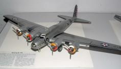 Leigh's B-17 early model, very, very nice model