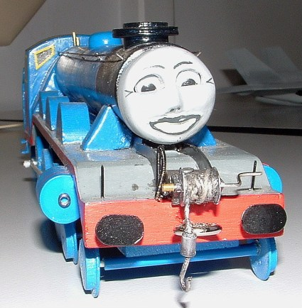 Marks' Thomas looking like Lucy Lovelips